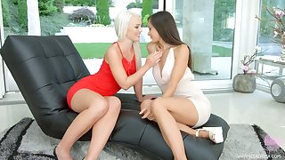 Seductive lesbian babe Shrima Malati gives a splendid cunnilingus to sexy girlfriend