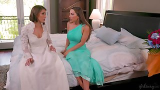 Bridesmaid gives a cunnilingus give choose bride Abigail Mac and makes her fully satisfied