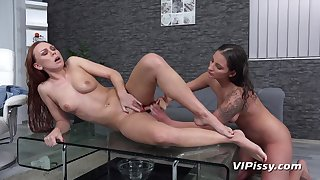 Morgan And Nicolette Noir Cataloguing Piss  - homemade sex